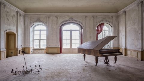 The day the music died: Photographer travels the globe taking eerie pictures of abandoned pianos  Image