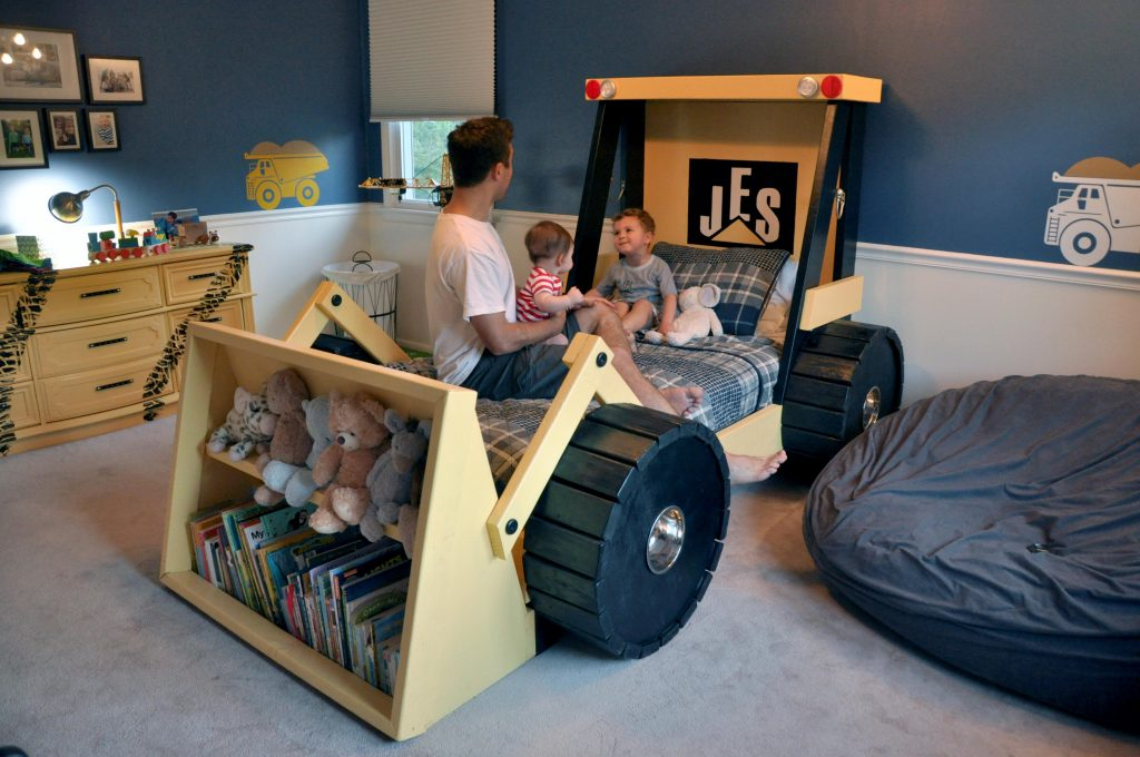 Feeling Tyre D Doting Dad Creates Massive Digger Bed For