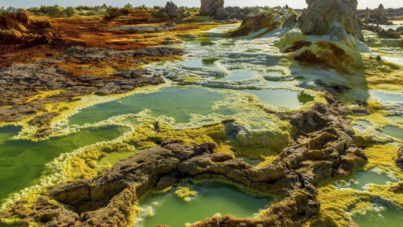 Jaw dropping pics look like Martian landscape Image