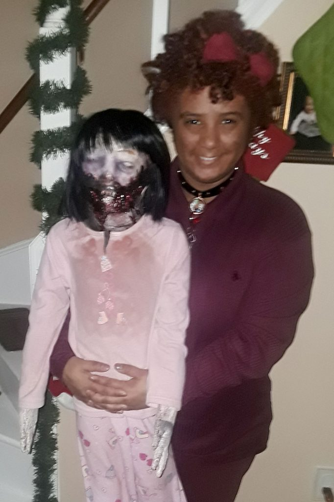 Zombie Bride Teenager Claims She S In Love With A Spooky