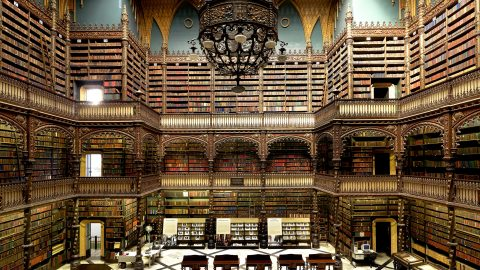 Photographer travels the globe documenting the world's most beautiful libraries Image