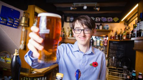 Is this UK's youngest pub landlord? Teenager swaps studying to pour pints for a living Image