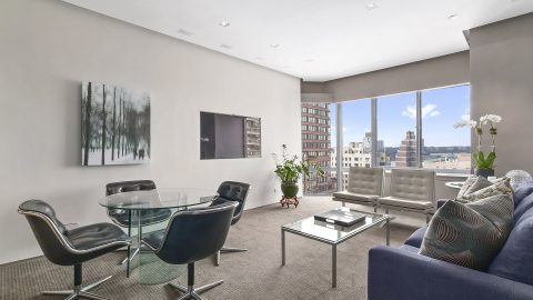Celebrity doctor plush penthouse apartment goes up for sale at $1.8m Image