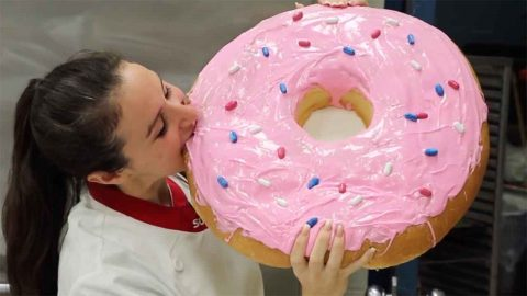 Its A Big One! Chef Creates Worlds Biggest Doughnut Worth Nearly 12,000 Calories Image