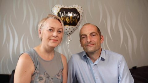 A SECOND CHANCE AT FIRST LOVE! COUPLE WHO MARRIED YOUNG BEFORE DIVORCING WEEK OF 10TH ANNIVERSARY REKINDLE ROMANCE FIVE YEARS LATER – AND TIE THE KNOT AGAIN Image
