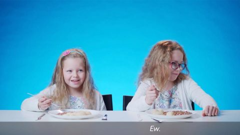 HILARIOUS VIDEO SEES KIDS TRY THE SCHOOL DINNERS OF THE PAST - FROM LIVER AND ONIONS TO SPOTTED DICK Image