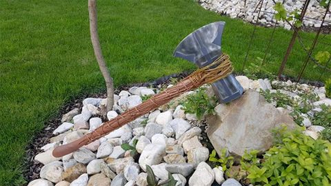 CREATIVE CARPENTER BUILDS HIS OWN THOR STORMBREAKER AXE Image