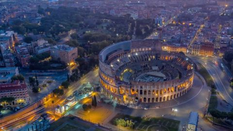 HYPERLAPSE SHOWS LIFE RESTARTING IN ROME AS CITY EXITS LOCKDOWN Image