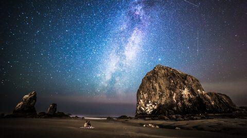 Talented astrophotographer uses night sky as his canvas to produce stunning panoramas Image