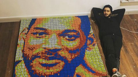 Artist painstakingly creates giant portraits of celebrities using hundreds of twisted rubiks cubes Image