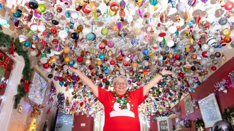 Belle of the bauble! Gran spends four months hanging 2,000 baubles worth £15,000 from living room ceiling Image