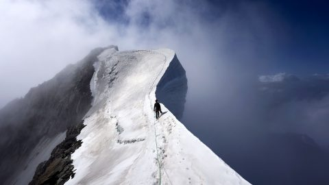 Mountains at point Blanc range! Marine takes deathly plunge off Mont Blanc Image