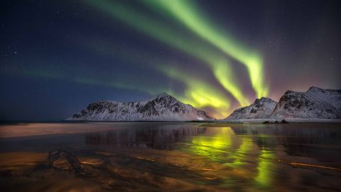 Russian photographer spends three years captures spellbinding images of Northern lights Image