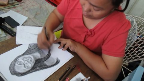 Doting teacher spends hours drawing portraits of her students Image