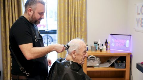 Hair we go again: Worlds first dementia barber helps clients time travel to 1950s Image