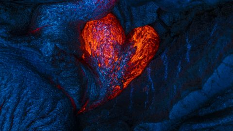 "The perfect way to say ""I lava you"" – Amazing lava heart captured in Hawaii as gallery reveals love symbols in nature Image"