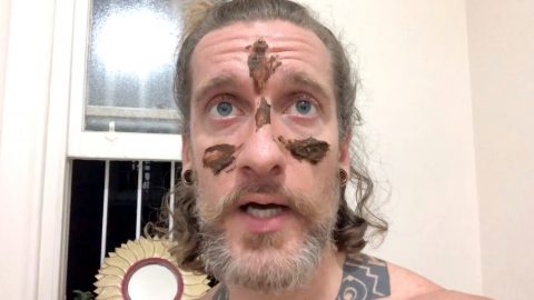 'Poo wizard' disgusts the internet by smearing faeces all over his own face Image