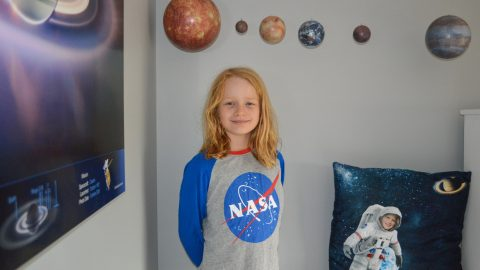 Little Girl Who Wants To Be Astronaut Begs Department Store To Make NASA Clothing For Girls In Heartfelt Letter Image