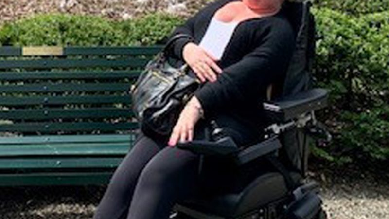 YOUNG WOMAN TURNING INTO HUMAN STATUE AFTER 'CLICKING HER NECK' Image