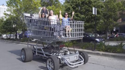 SUPERMARKET JEEP! GIANT SHOPPING TROLLEY THAT CAN HOLD 165 SHOPPING BAGS IS ACTUALLY A UNIQUE HOT ROD Image