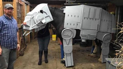 NEIGH THE FORCE BE WITH YOU: FULL GROWN HORSE COSPLAYS AS GIANT AT-AT FROM STAR WARS Image
