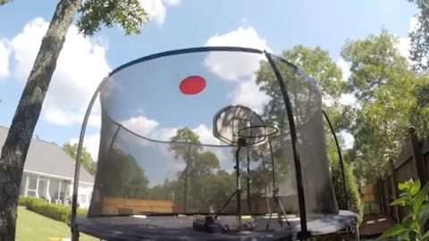 STUDENT GIVES ULTIMATE FRISBEE A WHOLE NEW MEANING BY SHOWCASING AMAZING TRICK SHOTS Image
