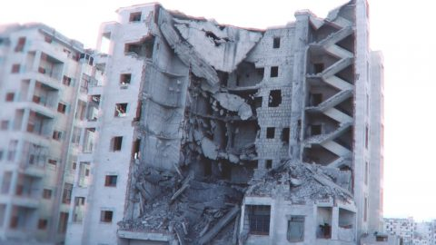 HYPERLAPSE CAPTURES DEVASTATING DESTRUCTION OF BOMBED BUILDINGS IN SYRIAN WAR-ZONE Image