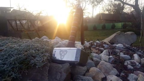 SELF-TAUGHT ARTIST TRANSFORMS 12KG LUMP OF RUST INTO REPLICA OF THOR'S HAMMER Image
