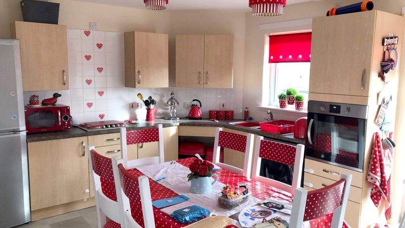 DOING IT YOUR-SHELF! DIY-MAD MUM TRANSFORMS KITCHEN FROM 'COUNCIL HOUSE BLEAK' TO 'FARMHOUSE CHIC' FOR JUST £218 Image