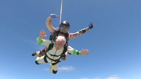 MAN, 103, BREAKS WORLD RECORD FOR OLDEST TANDEM SKY-DIVE Image
