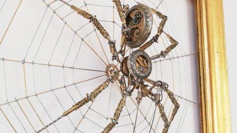 EIGHT LEGGED METAL - ARTIST CREATES STEAMPUNK SPIDER FROM METAL MENAGERIE Image