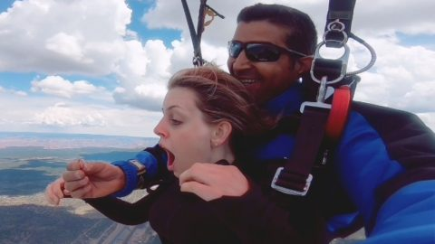 LOVE IS IN THE AIR! WATCH THE MOMENT A SKYDIVER PROPOSES TO GIRLFRIEND WHILE PLUNGING FROM 13,000 FEET Image